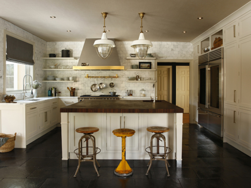country interior design, attention to detail, kitchen island, kitchen countertops, country retreat